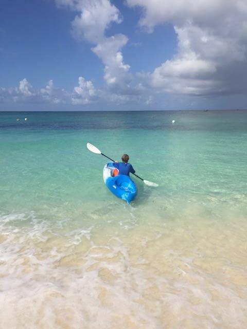 kayaking in grand cayman