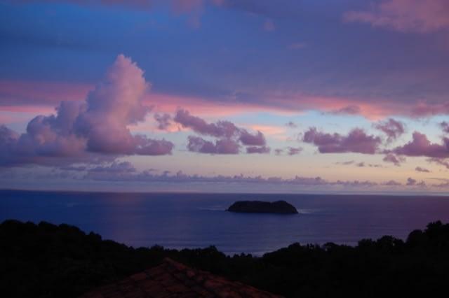 sunset at manuel antonio costa rica